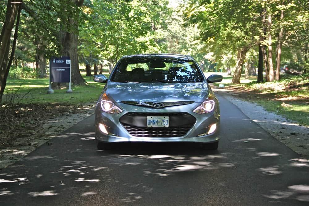 2013 Hyundai Sonata Hybrid front