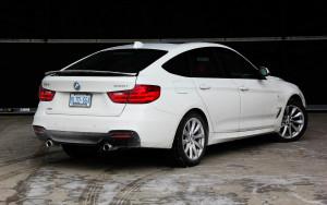 2014 BMW 335i GranTurismo rear 1/4
