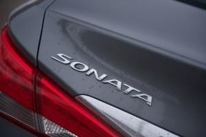 2014 Hyundai Sonata 2.0T trunklid badge