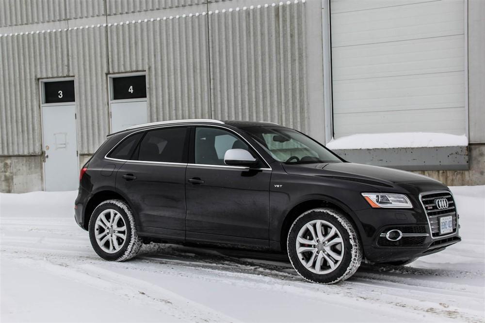 2014 Audi SQ5 front 1/4
