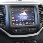 2014 Jeep Cherokee Limited 4x4 infotainment screen