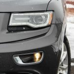 2014 Jeep Grand Cherokee EcoDiesel headlight