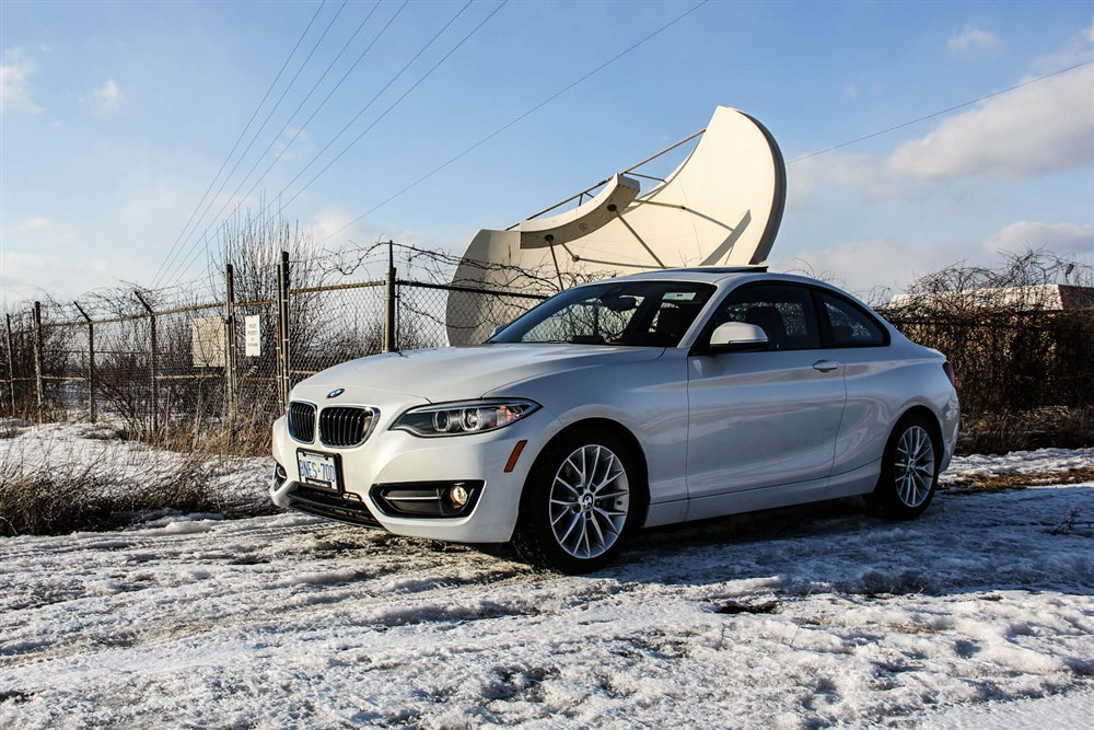 2014 BMW 228i Sport front 1/4