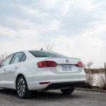 2014 Volkswagen Jetta Hybrid rear 1/4