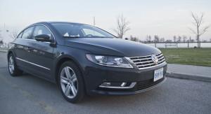 2014 Volkswagen CC 2.0T front 1/4