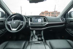 2014 Toyota Highlander Limited AWD interior