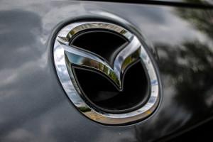 2014 Mazda5 GT front emblem