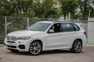 2014 BMW X5 xDrive50i front 1/4