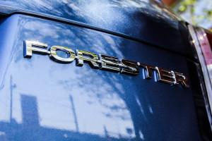 2015 Subaru Forester 2.5i emblem