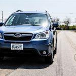 2015 Subaru Forester 2.5i front angle