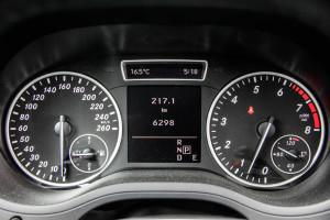 2014 Mercedes-Benz B250 instrument cluster