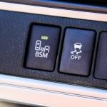2014 Toyota Camry SE V6 Blind Spot system