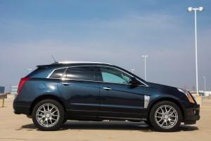 2014 Cadillac SRX side profile