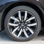 2014 Honda Civic Touring wheel