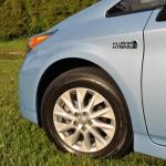 2014 Toyota Prius Plug-In whel