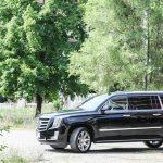 2015 Cadillac Escalade ESV front greenery