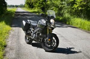 2014 Suzuki V-Strom 1000SE front 1/4