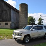 2015 Chevrolet Suburban LTZ front 1/4