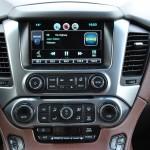 2015 Chevrolet Suburban LTZ infotainment