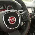 2014 Fiat 500L Trekking steering wheel
