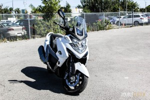 2014 Kymco MyRoad700i front 1/4