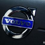 2015 Volvo S60 T6 Drive-E steering wheel logo