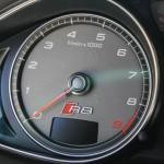 2015 Audi R8 4.2 tachometer