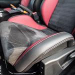 2014 Nissan Juke Nismo RS seat bolstering