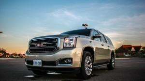 2015 GMC Yukon XL SLT front 1/4