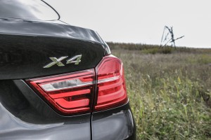 2015 BMW X4 xDrive35i badging
