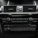 2015 BMW X4 xDrive35i center stack