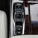 First Drive: 2015 Acura RLX Sport Hybrid shifter
