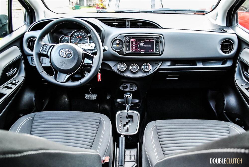 2015 Toyota Yaris SE interior