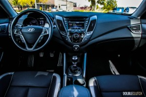 2015 Hyundai Veloster Turbo interior