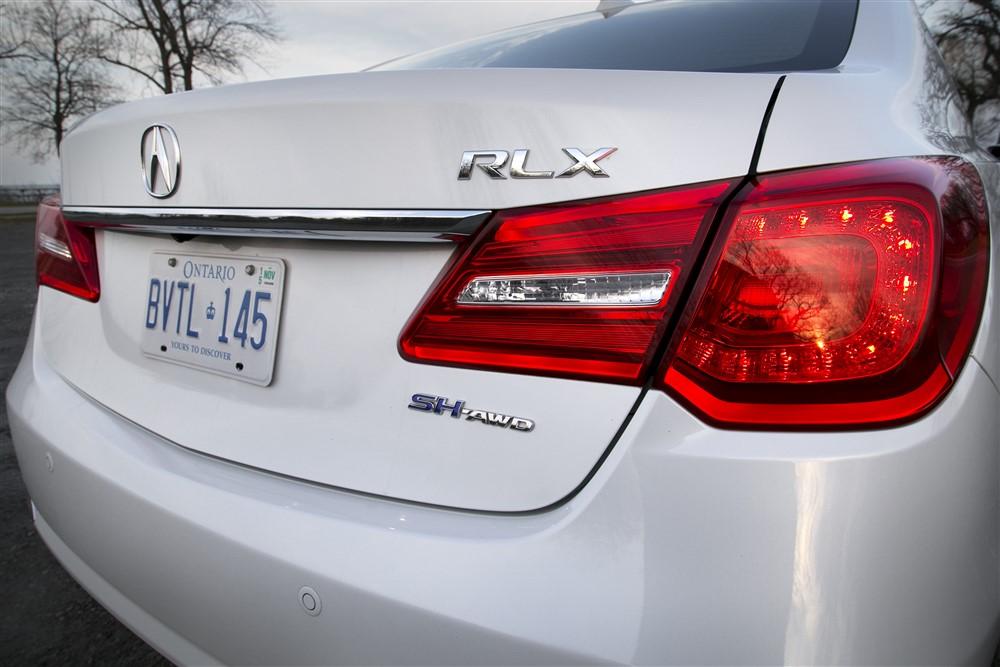 2015 Acura RLX Sport Hybrid