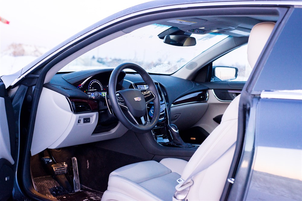 Ddc on 2013 Cadillac Xts Battery Location