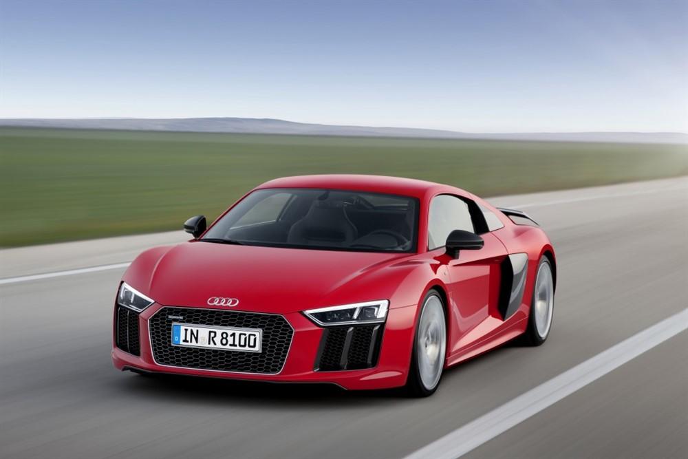 Unveiled: 2016 Audi R8