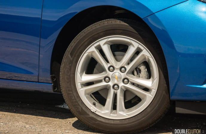 2017 Chevrolet Cruze LT Manual review