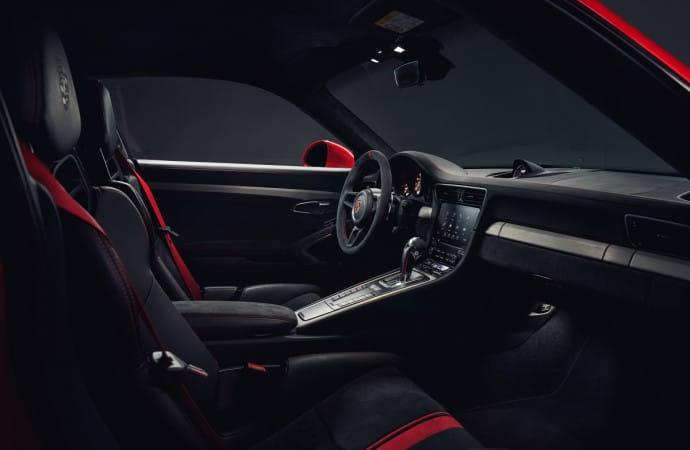 911 GT3-14 Interior Side