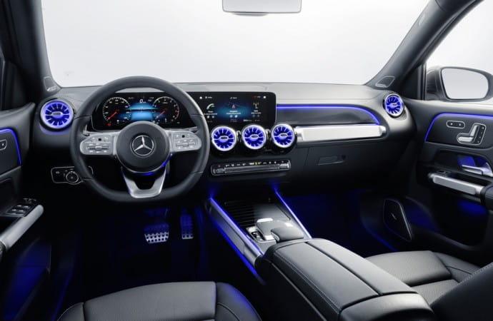 First Look: 2020 Mercedes-Benz GLB 250 4MATIC